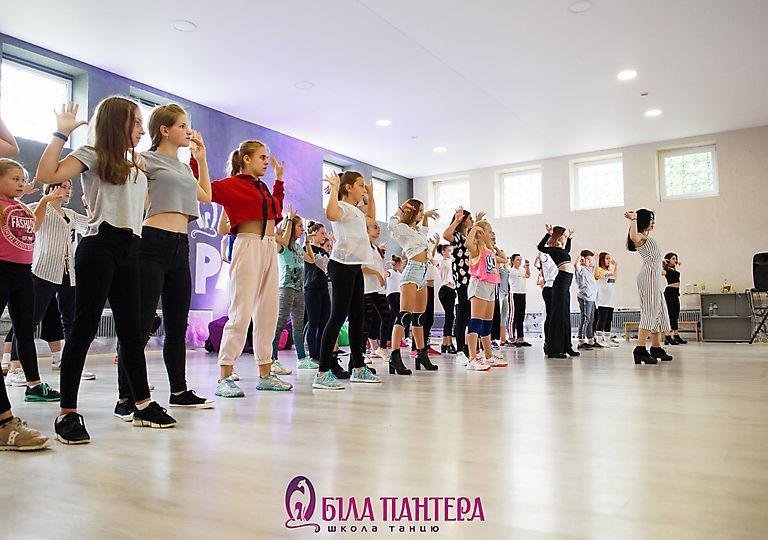 dance-mk00001