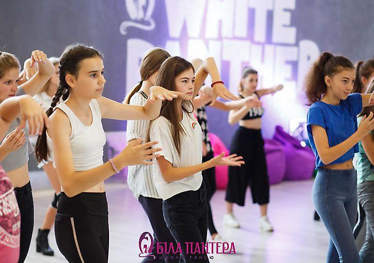 dance-mk00018