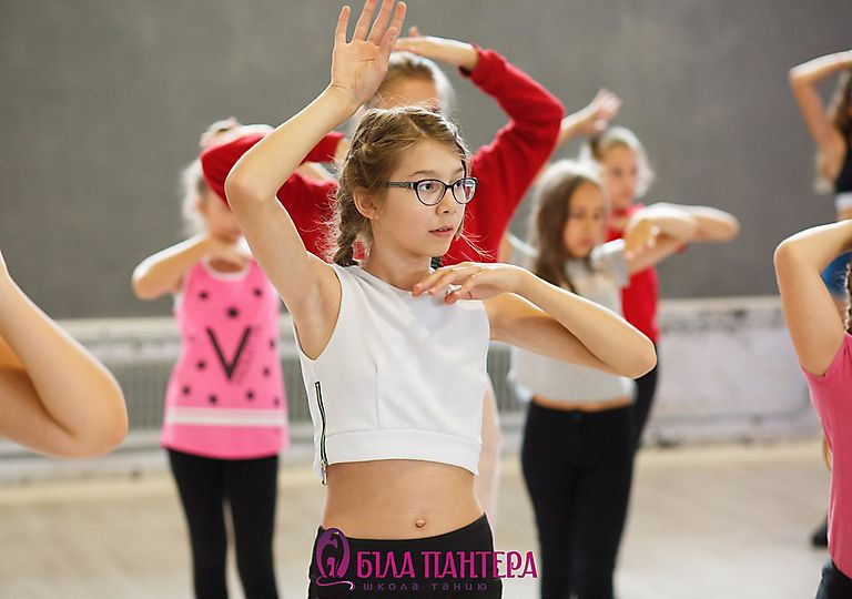 dance-mk00020