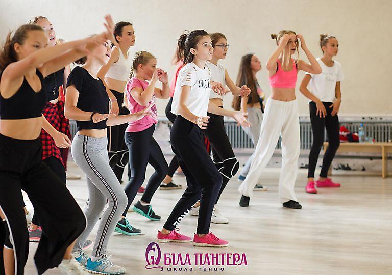 dance-mk00101