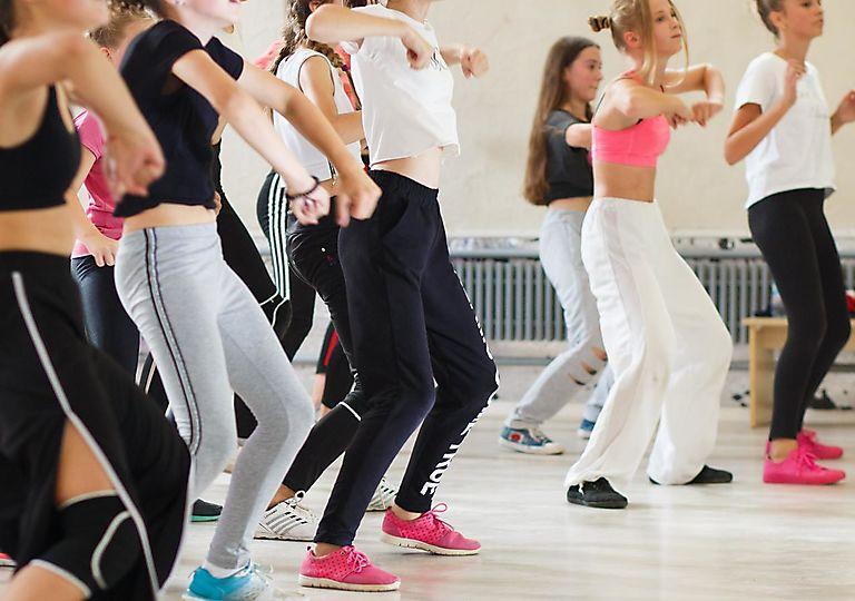 dance-mk00104