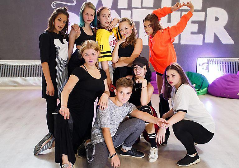 dance-mk00139