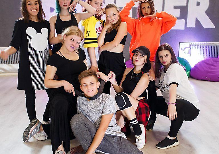 dance-mk00141