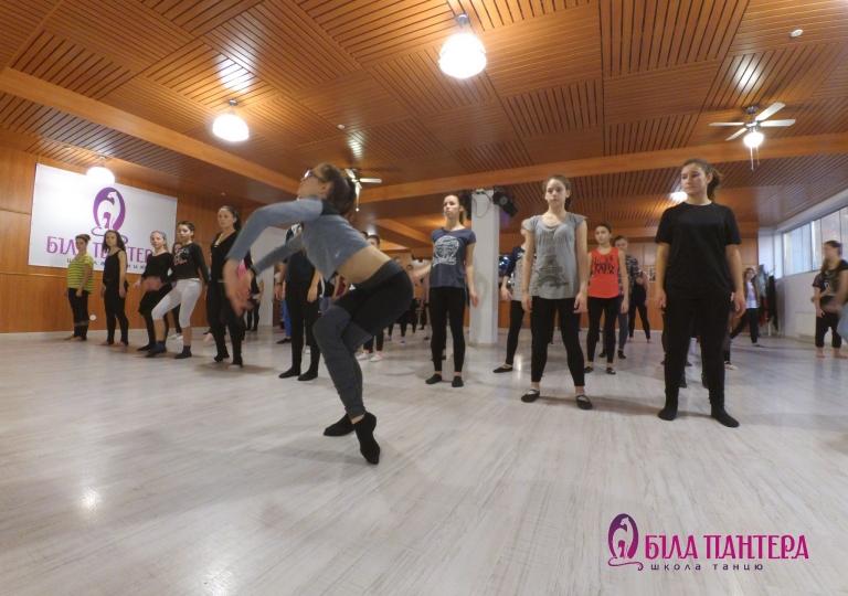 Танцують всі Львів