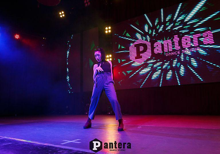 lv-dance00018
