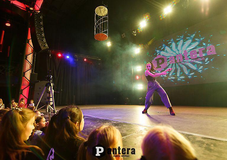 lv-dance00020