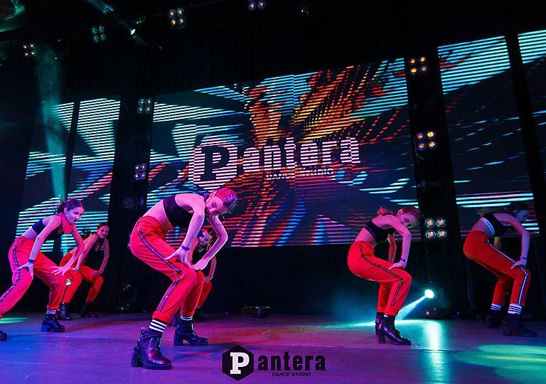 lv-dance00026
