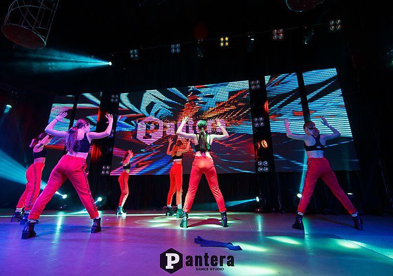 lv-dance00031