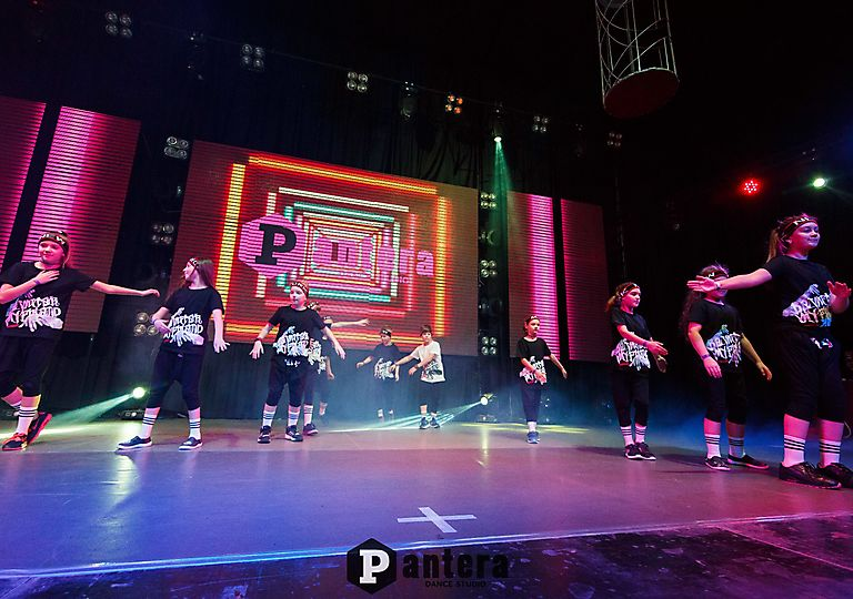 lv-dance00194