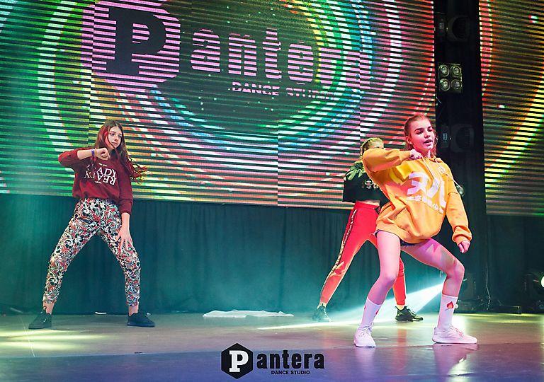 lv-dance00352
