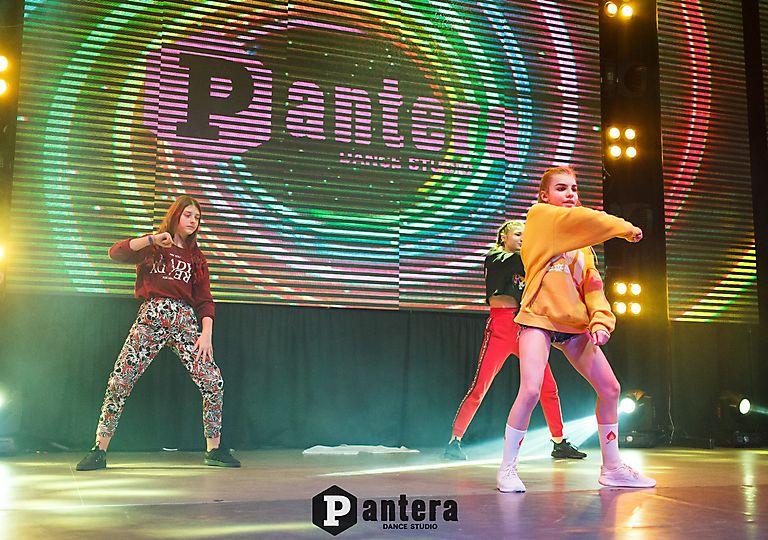 lv-dance00353