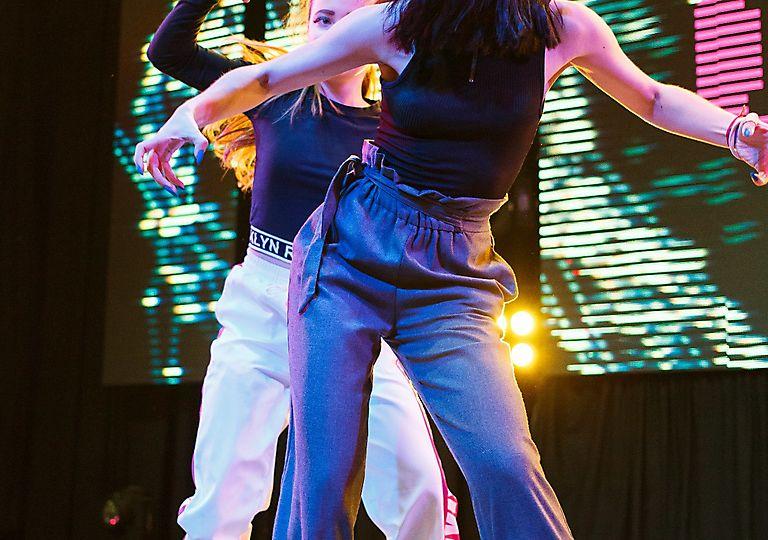lv-dance00511