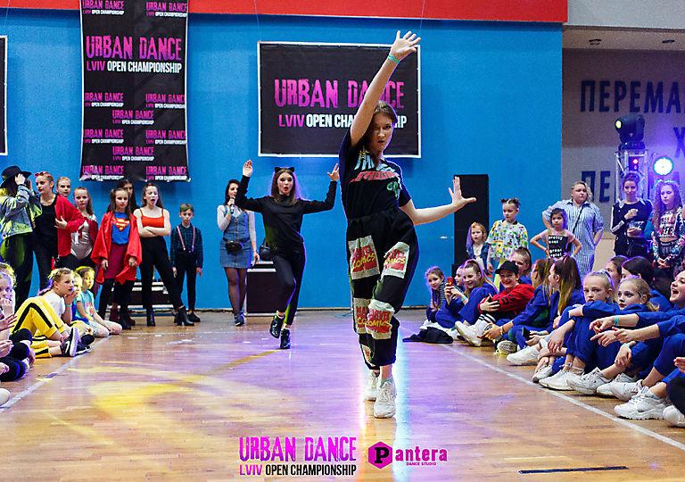 lv-urban-dance00172