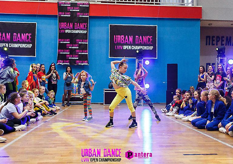 lv-urban-dance00220