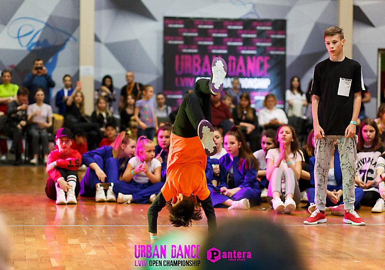 lv-urban-dance00234