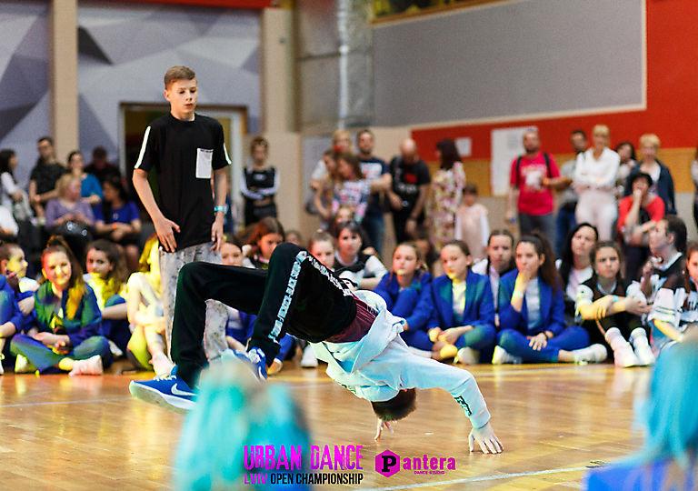 lv-urban-dance00235