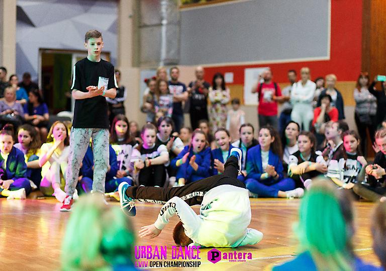 lv-urban-dance00236