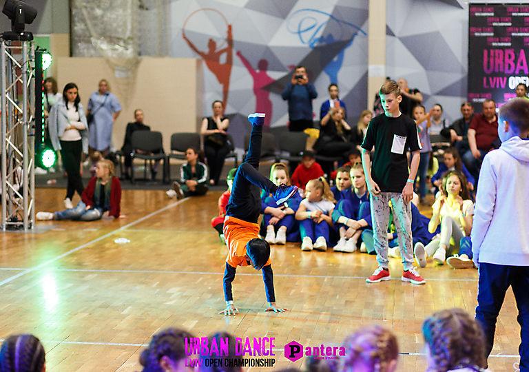 lv-urban-dance00239