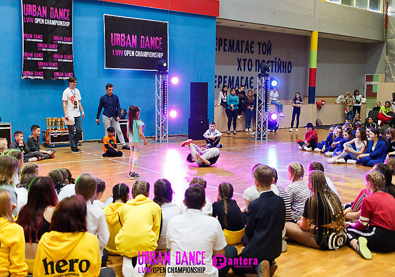 lv-urban-dance00240