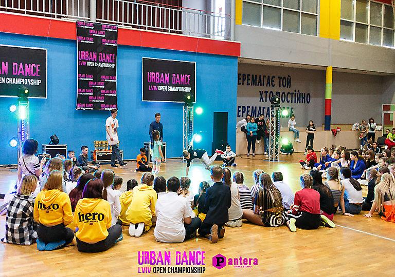 lv-urban-dance00241