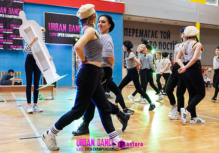 lv-urban-dance00446