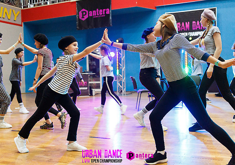 lv-urban-dance00449