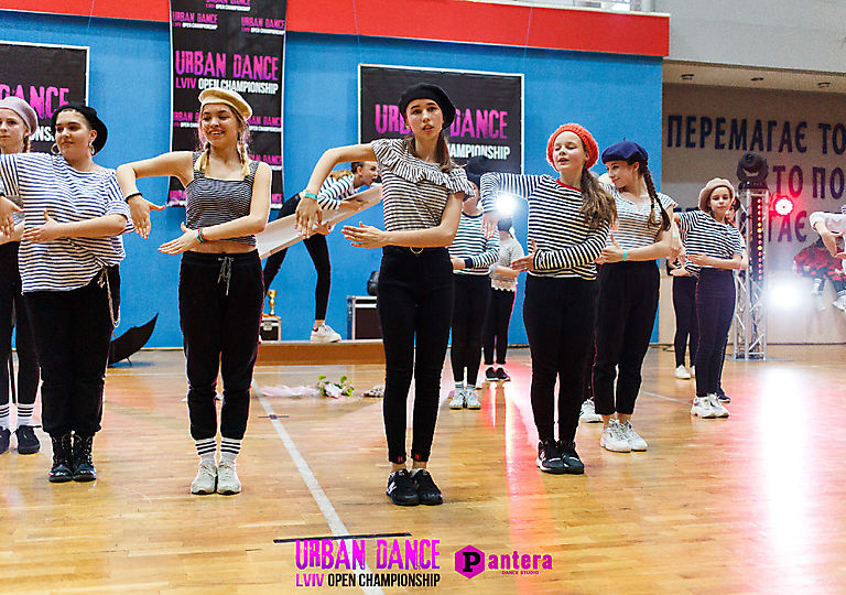 lv-urban-dance00453