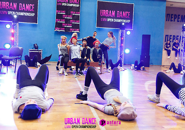 lv-urban-dance00458