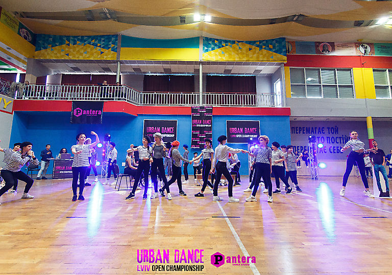 lv-urban-dance00465