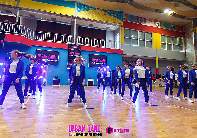 lv-urban-dance00470