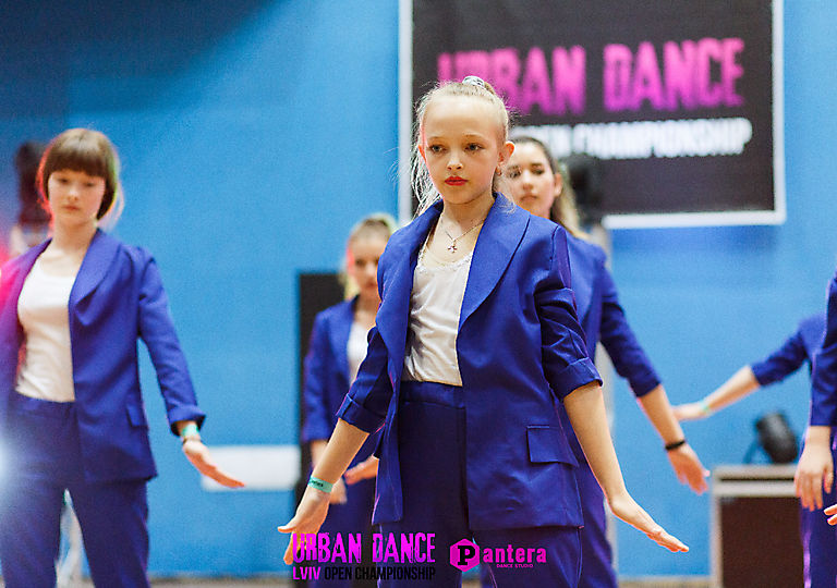lv-urban-dance00476