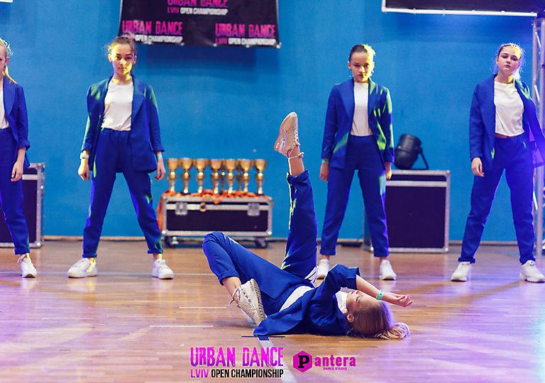 lv-urban-dance00480
