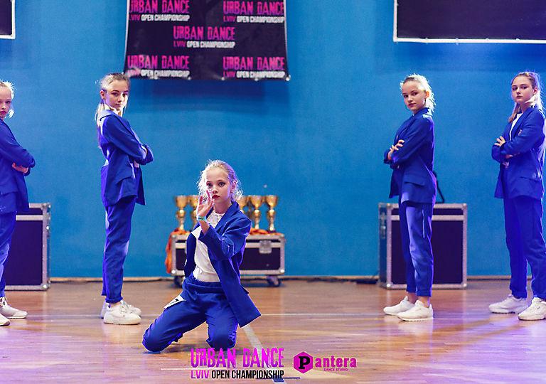 lv-urban-dance00481