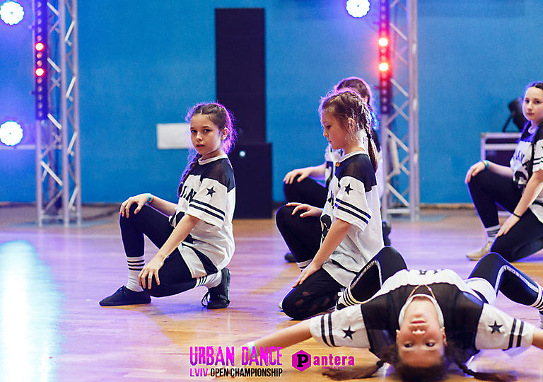 lv-urban-dance00483