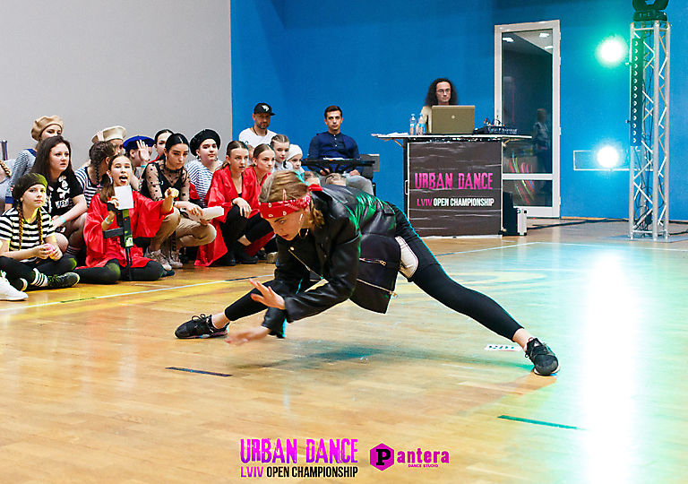 lv-urban-dance00664
