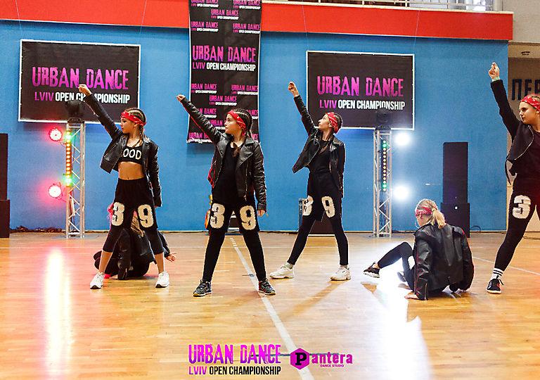 lv-urban-dance00671