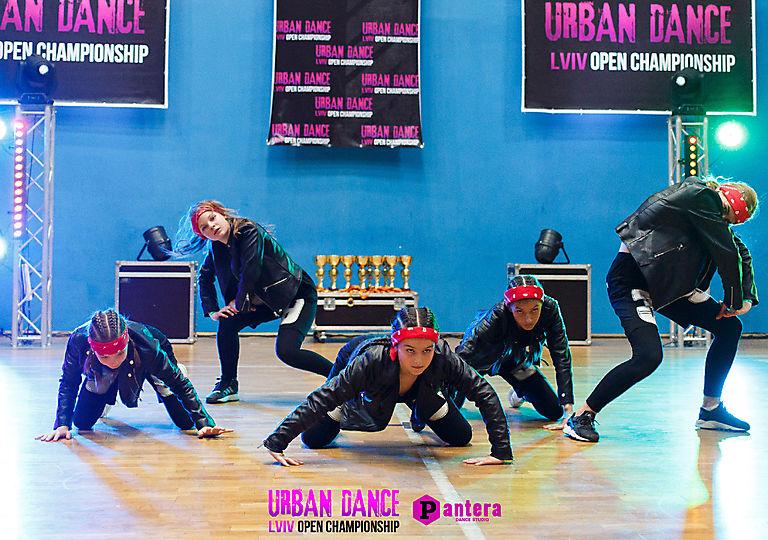 lv-urban-dance00672