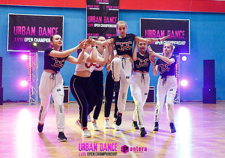 lv-urban-dance00678