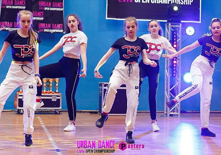 lv-urban-dance00693