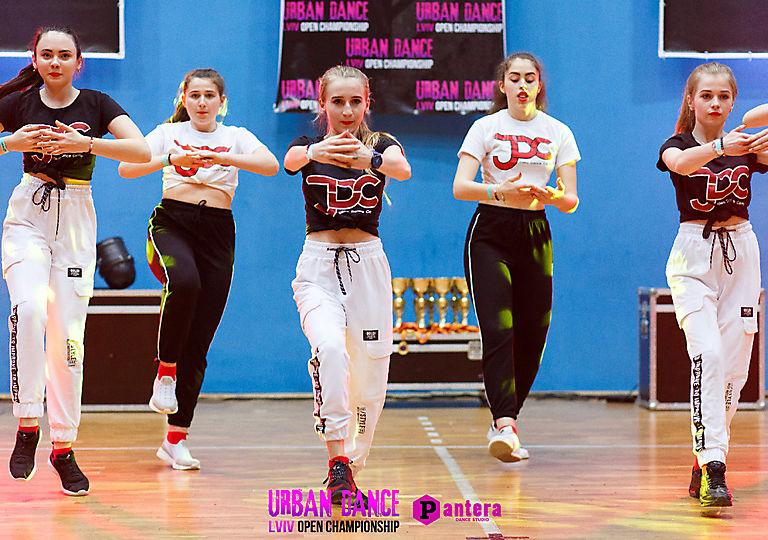 lv-urban-dance00694