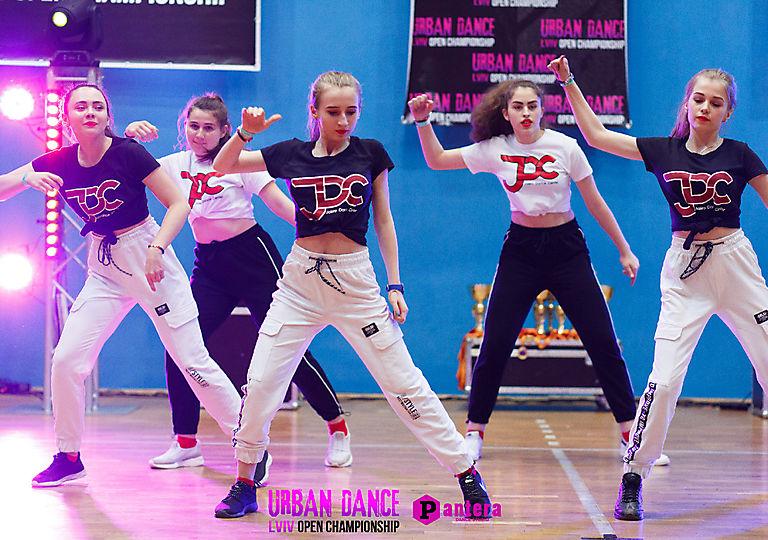 lv-urban-dance00695