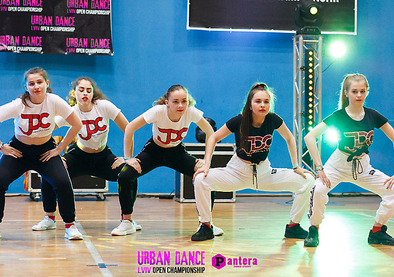 lv-urban-dance00696