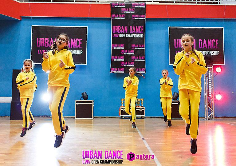 lv-urban-dance00733