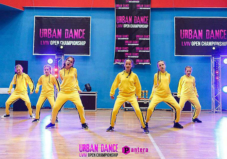lv-urban-dance00735