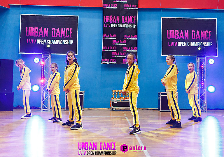 lv-urban-dance00736