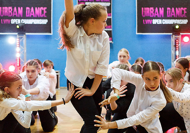 lv-urban-dance00782
