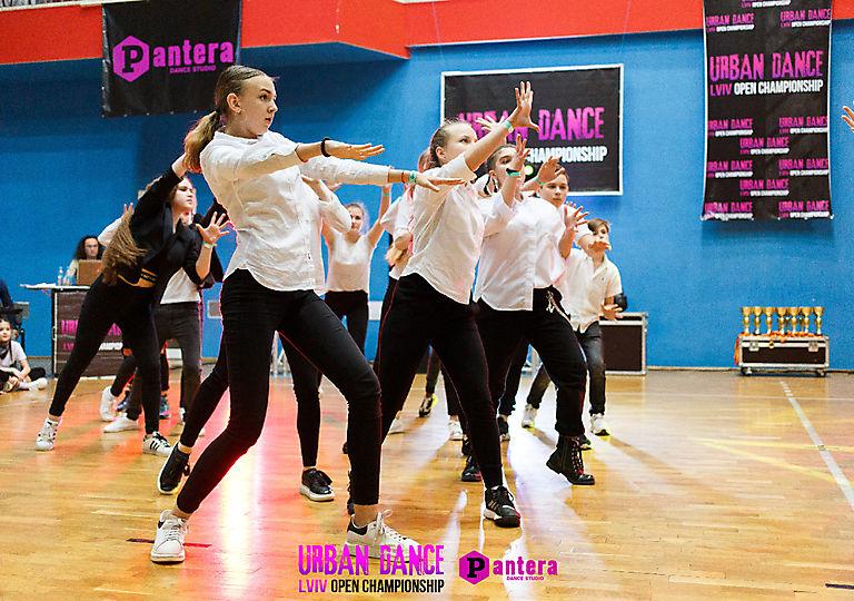 lv-urban-dance00786