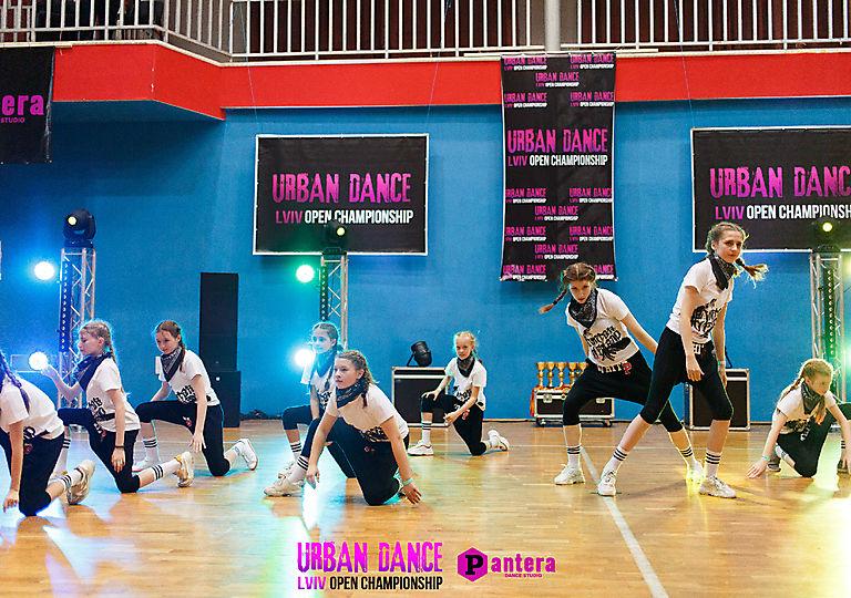 lv-urban-dance00833
