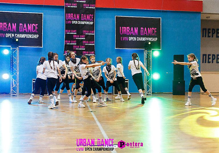 lv-urban-dance00837