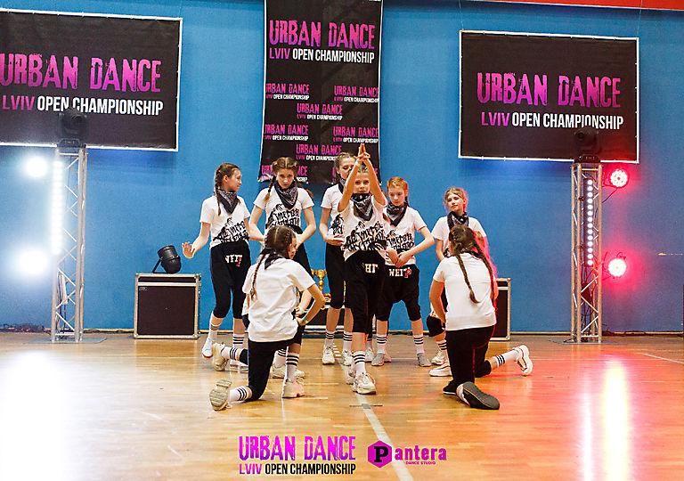 lv-urban-dance00838